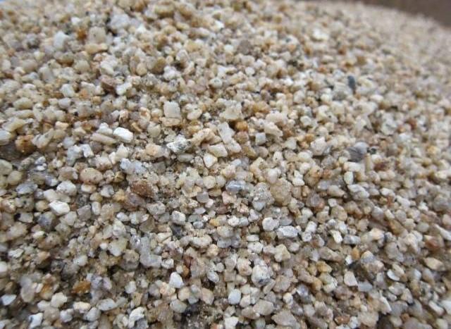 Купить песок крупнозернистый в Тюмени